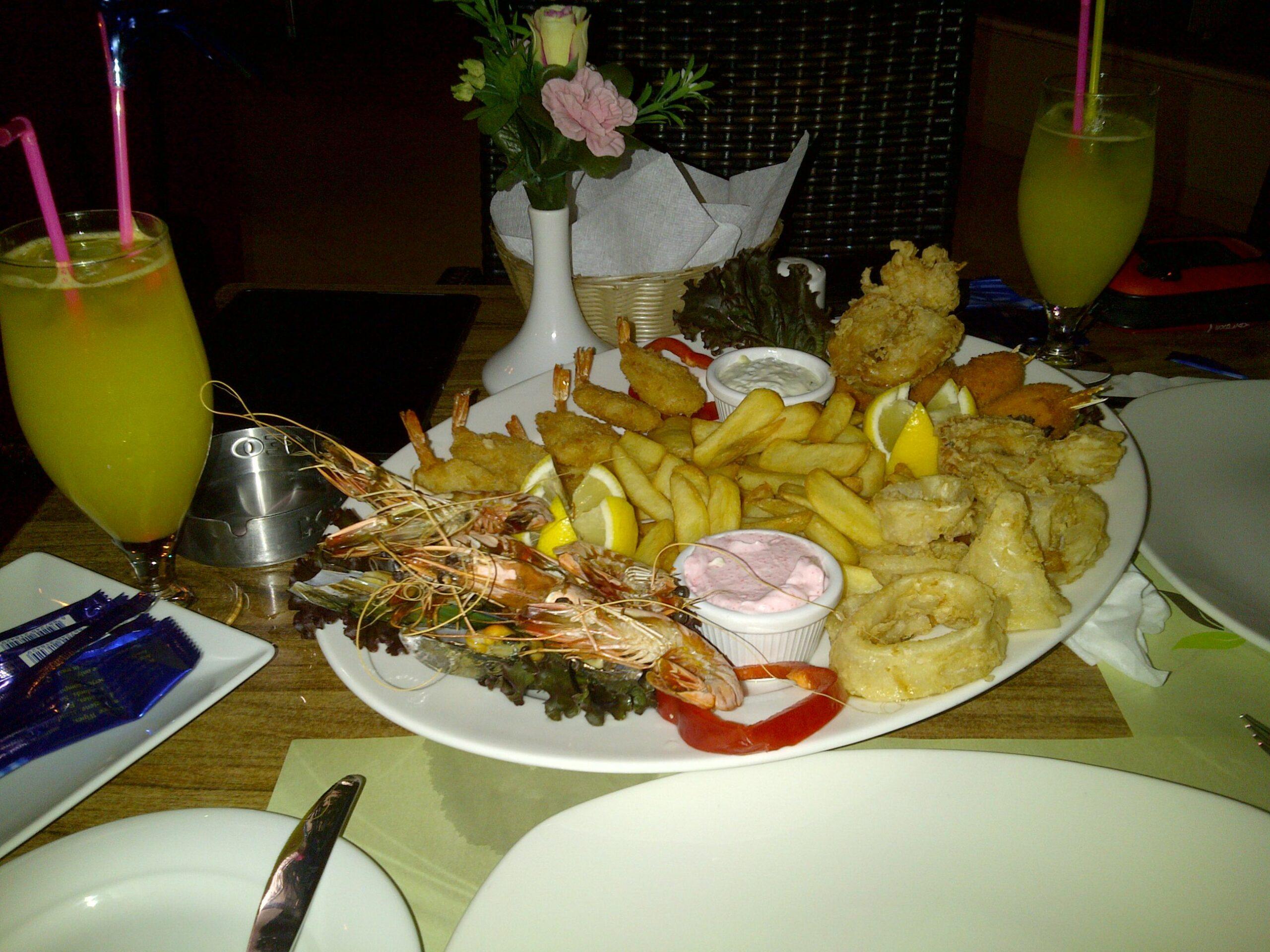 рыбная тарелка 24 евро на двоих