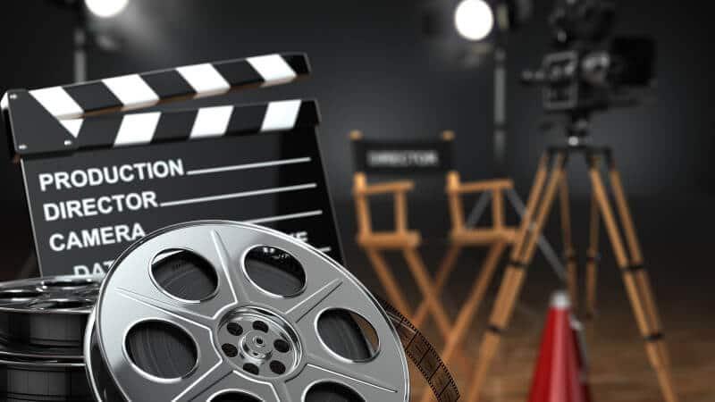Где смотреть фильмы на английском