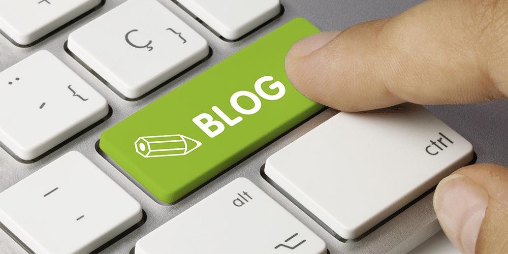 Блогу год Полет нормальный