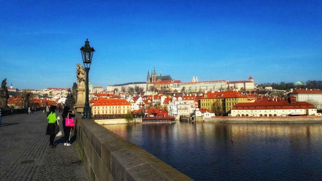 Учите английский эффективнее с интересным квестом в Праге