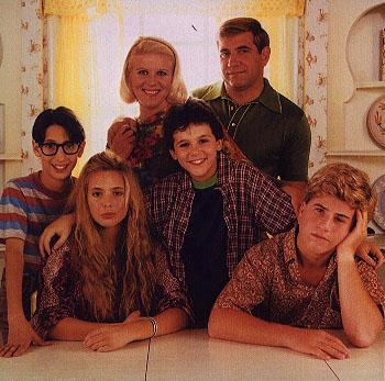 The-Wonder-Years-1998-2003 10 лучших сериалов 90-х для изучающих английский