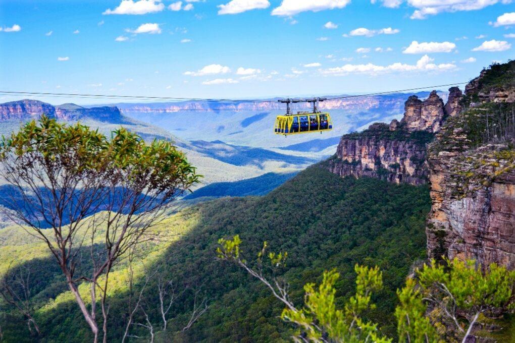 -Голубые-горы-и-трамвайчик-с-прозрачным-полом-1020x680 Как легко выучить английский, путешествуя по Австралии